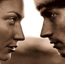 hombre-mujer-hablando.JPG